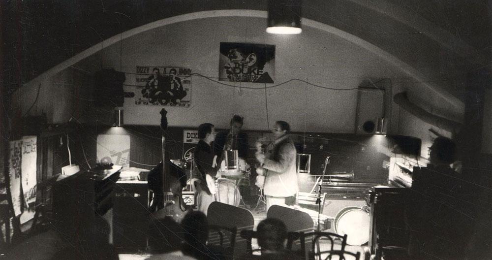 uptown-jazz-saloon