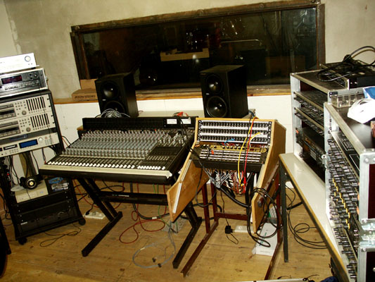 workstation-studio-1