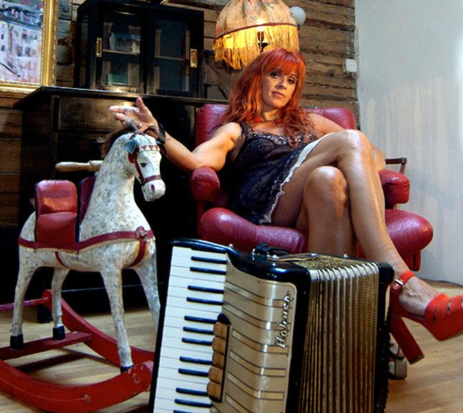 Stiegenhausmusik #43 - Doris Kirschhofer