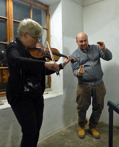 Stiegenhausmusik #47 - mia zabelka / samu gryllus