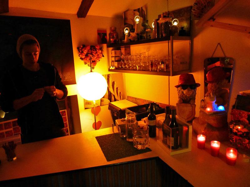 "Bar ""separée"" & Bartender Ilja"