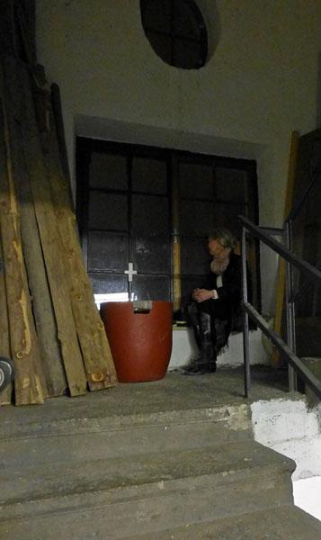 Andrea Mosshammer im Stiegenhaus